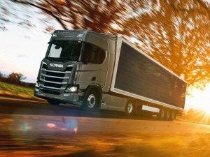 Scania Hibrit Kamyonu Güneşten Şarj Edecek