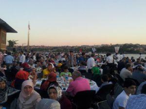 İstanbul'u Taşıyanlar,  İETT'nin Gelenekselleşen İftar Yemeği'nde Buluştu