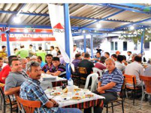 CEVA, 1200 kamyon şoförü ile İftar Yemeği'nde Buluştu