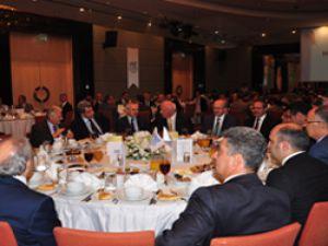 UND, Ankara'da İftar Yemeği Düzenledi