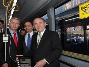 Beylikdüzü'ne alınan 100 otobüs hizmete girdi