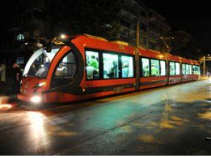 İlk Yerli Tramvay Bursa Caddelerinde