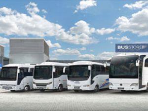 Mercedes diyar diyar gezip BusStore markasının tanıtımını yapıyor