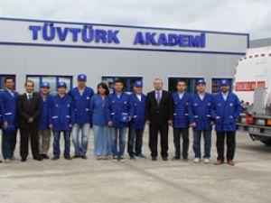 TÜVTÜRK'ten Muayeneci Gözüyle Akaryakıt Tankeri Kontrolü eğitimi