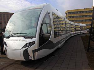 Tramvayın ismini ve rengini İzmit'li vatandaşlar belirleyecek