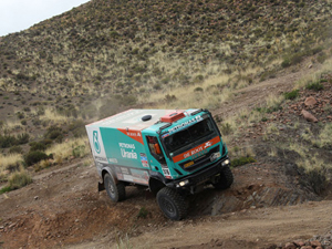 Dakar 2014: Gerard de Rooy, Iveco Powerstar'la genel sıralamanın tepesinde
