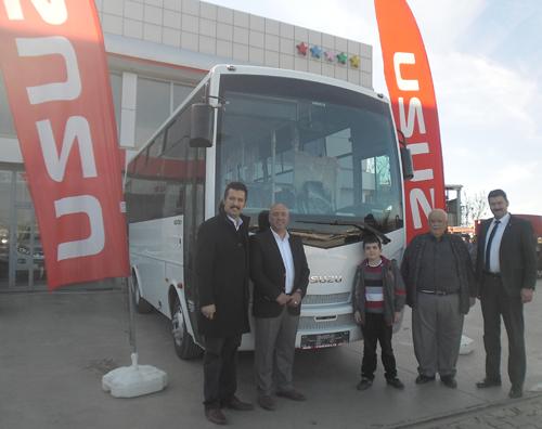 Soma Şehir içi Koop. Üyesi Ünal Sayın'a 2014 İsuzu Novociti teslim edildi