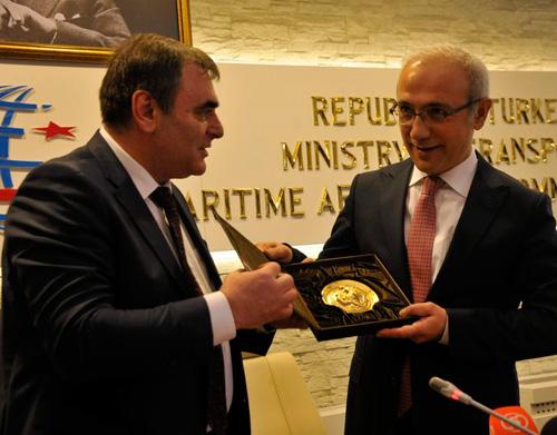 Bulgaristan Ulaştırma Bakanı Daniel Papazov, Lütfi Elvan ile görüştü