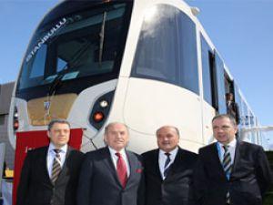 İBB yerli tramvayı tanıttı