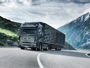Volvo Euro 6 FH16 baharda yollarda