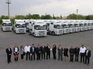 Mercedes'den Lokal İnşaat Enerji'ye 63 Actros
