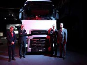 Yeni Renault Trucks ürün gamınaEURO 5 motor seçeneği