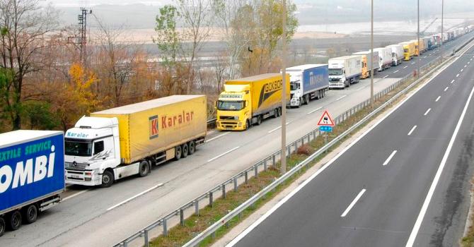 """İran, """" araç takip cihazı"""" ile Türk TIR'larını İzliyor"""
