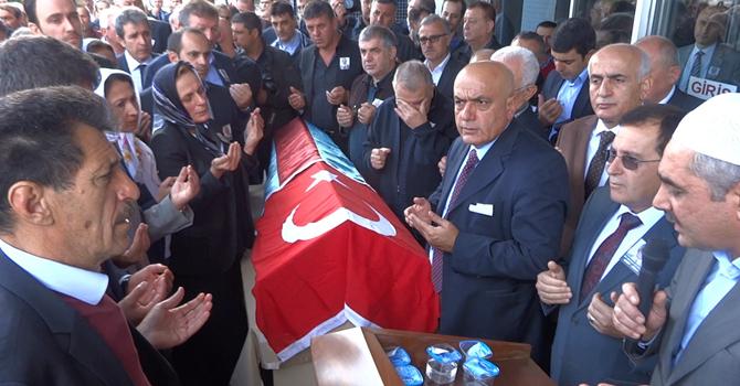 Ali Osman Ulusoy Toprağa Verildi