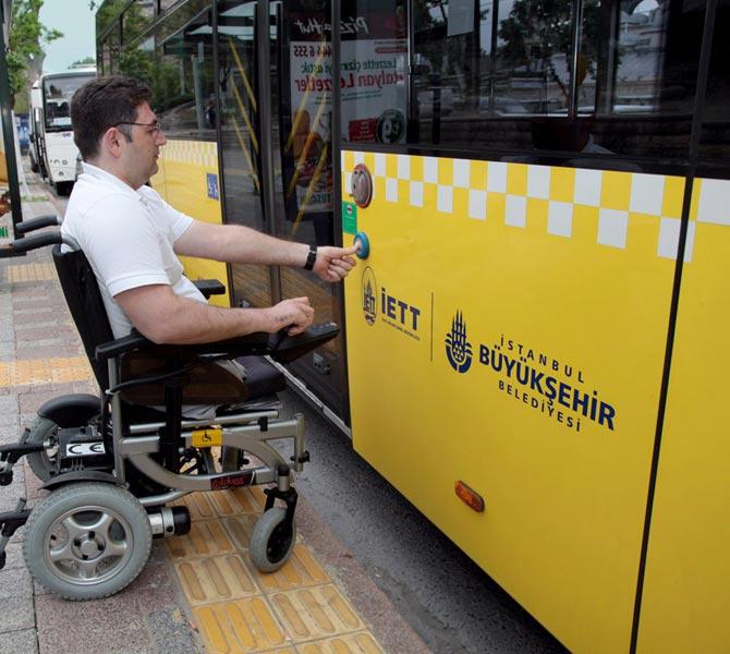 İETT Şoförlerine İşaret Dili Eğitimi
