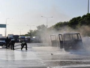 Servis şoförlerinin ateşli 'S' plaka protestosu