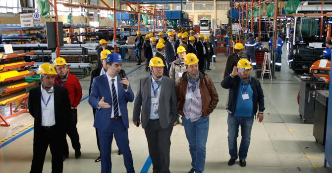 İZTAD üyeleri Temsa Fabrikasını ziyaret etti