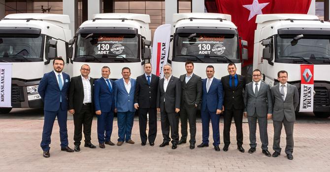 Renault Trucks'tan 130 Araçlık Dev Teslimat