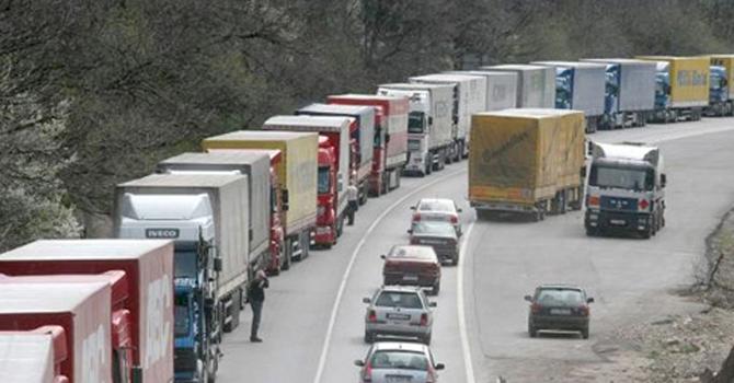 İran Plakalı Araçların Yük Alımları Engellendi