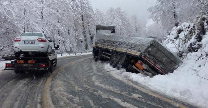 Artvin'de Kar Esareti Başladı
