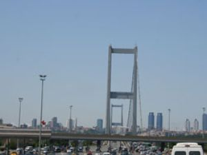 Köprü geçişleri ücretsiz