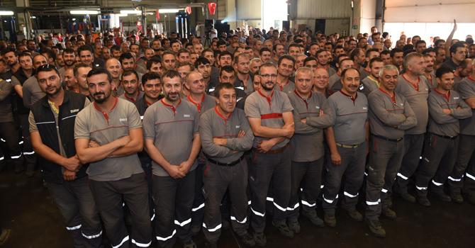 Otokar'ın 20.000'inci Sultan'ı üretim bandından indi