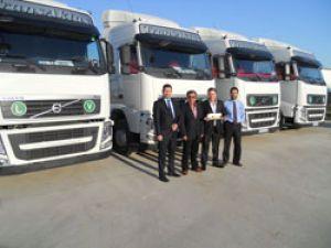 Volvo'dan Trans Aktaş'a 15 adet FH 460 4x2 çekici teslimatı