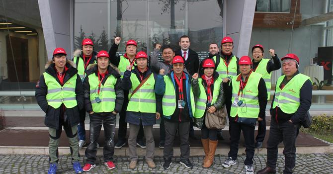 Tırsan Güney Koreli Misafirlerini Adapazarı Fabrikasında Ağırladı