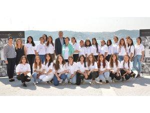 """""""Her Kızımız Bir Yıldız"""" eğitime destek projesi 13.yılında"""