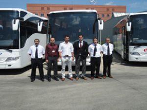 Mercedes 1 haftada 11 otobüs sattı