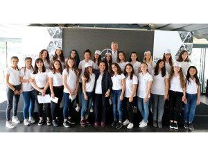 Mercedes-Benz Türk'ün Yıldız Kızları