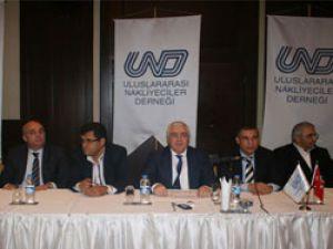 Mersin'de ki UND Genel Kuruluna ''İstanbul'da UN Ro-Ro tekeldir'' ifadesi damgasını vurdu
