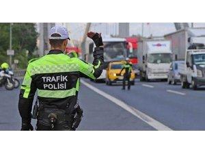 Trafik polisinin bile haberi yok Şoförlerin nasıl olsun ?