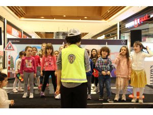 Mercedes'in Trafik eğitim projesi çocuklar ile buluştu