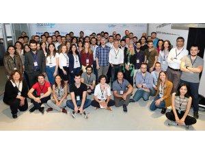 Genç girişimciler Mercedes StartUP'a başvurdu