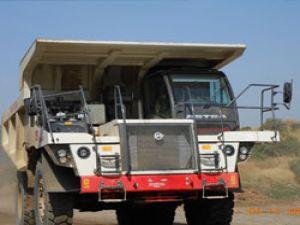 Afrika'nın en büyük baraj inşasında  Allison donanımlı Astra damperli kamyonlar çalışıyor