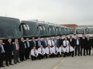 Cizre Nuh Seyahat filosuna 11 adet Mercedes-Benz Travego 15
