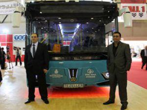 Tezeller alçak tabanlı araçları ile Busworld'deydi