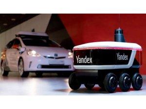Yandex'in geliştirdiği robot (Rover) kargoculuk yapacak