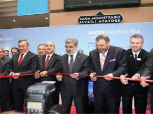 Enerji Bakanı Taner Yıldız, 'Enerji sektörüne sahip çıkıyoruz ve sektörün en büyük destekçisiyiz'
