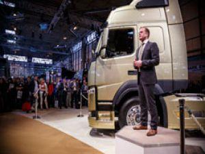Yeni Volvo FM, dünyada ilk defa CV Fuarı'nda sergilendi