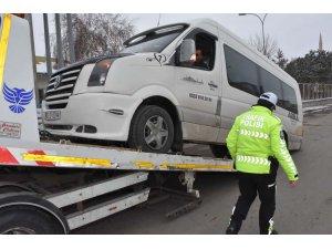 Denetlemelerde 395 okul servis aracı trafikten men edildi!