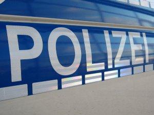 Avrupa'da sahte Polis kimliği ile Hırsızlık!!!