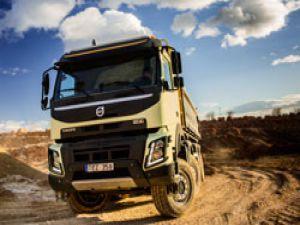 Yeni Volvo FMX, tüm koşullarda üstün yol tutuşu sunuyor
