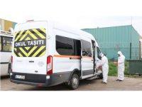 Kocaeli Belediyesi servis araçlarını dezenfekte ediyor