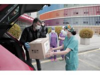 Skoda, sağlık çalışanlarını ve sokaktaki dostlarımızı da unutmadı