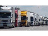 Türk Tır sürücüler mahsur kaldı