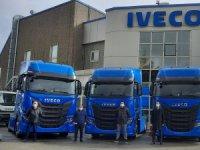 IVECO Otomotiv, S-WAY çekicileri Yüksel'e teslim etti