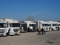Bulgaristan Türk TIR'larına yokuş yapmaya devam ediyor