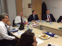 UND, transit geçiş sorunlarını eski AB komiseri ile görüştü